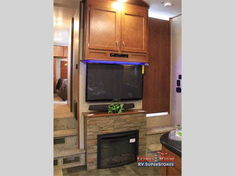 forest river Vengeance fifth wheel toy hauler fireplace